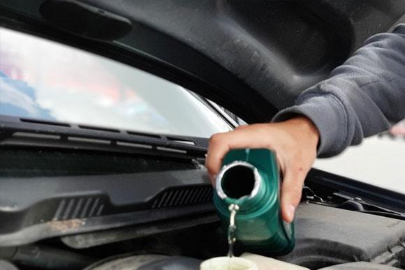 น้ำมัน - หน้าร้อนนี้ สมาชิก Land Rover อย่าลืมตรวจเช็กสุขภาพรถด้วยนะครับ
